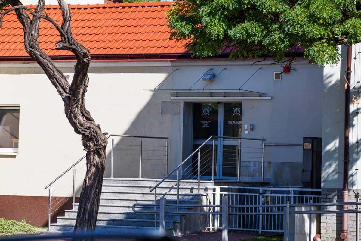 realizacja-stolmar-okna-dla-centrum-medycznego-gizinscy-bydgoszcz-003