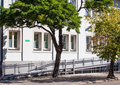 realizacja-stolmar-okna-dla-centrum-medycznego-gizinscy-bydgoszcz-025