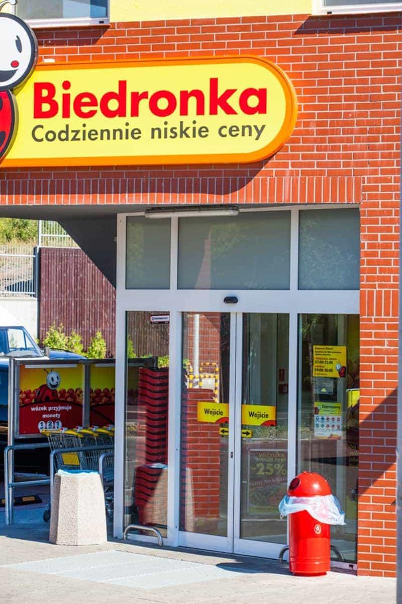 Okna Stolmar dla Biedronki.